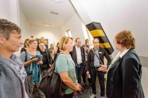 """Vertreter des Landes Vorarlbergs und neun Gemeinden informierten sich bei ihrer Exkursion nach NRW über die zukunftsweisende Initiative """"Kein Kind zurücklassen"""". (Copyright: Martin Scherag)"""